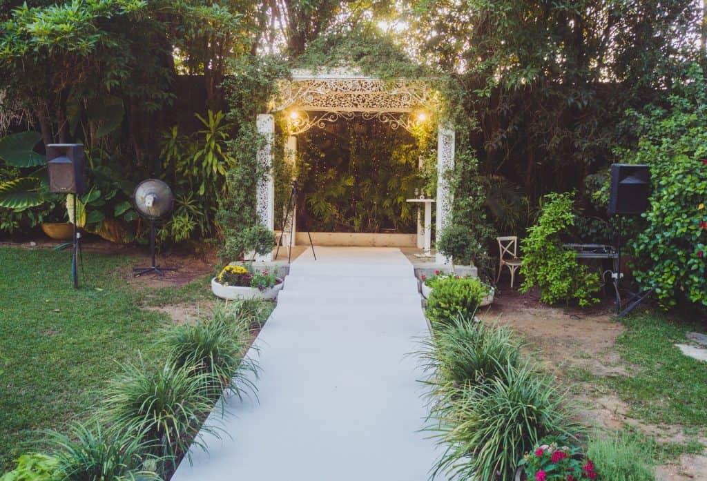 חופה בגן אירועים