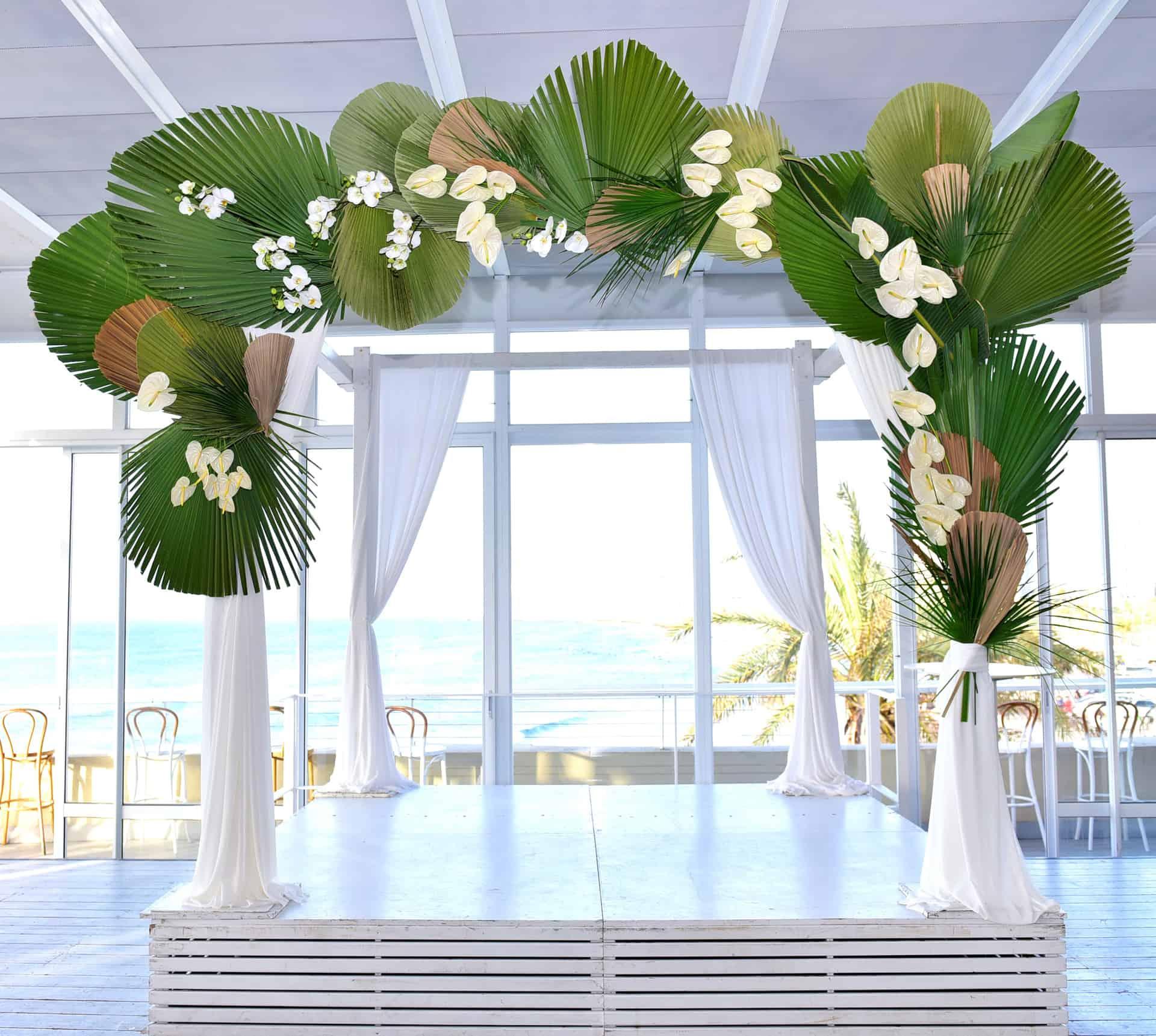 עיצוב לחתונה דואגים לעצב גם את החופה