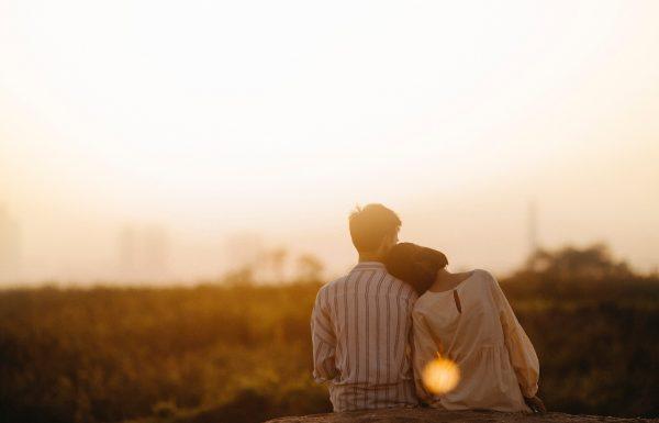 למה כדאי לעשות צילומי זוגיות לפני החתונה?